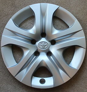 Genuine Toyota Rav4 Wheel Cover 2013 2014 Hubcap 17 Wheel Cover