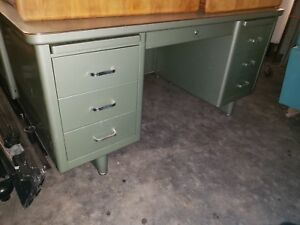 Vintage Mid Century Modern Steel Tanker Desk Industrial Office Green Steelcase