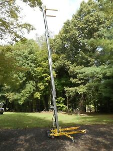 Sumner 2124 Personal Lift 24ft Lift Height 600 Lbs