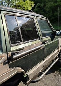 Pair Of 1984 2001 Jeep Cherokee Xj Rear Door Rub Rails