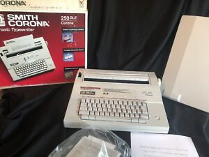 Smith Corona 250dle Corona Portable Electronic Typewriter W cover