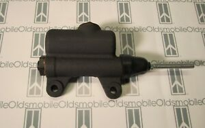 1939 1956 Oldsmobile 88 98 Super Brake Master Cylinder Brand New