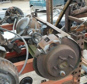 1995 96 97 98 99 00 01 Ford Explorer Rear Axle Assembly 3 27 Ratio 6 Cyl Oem