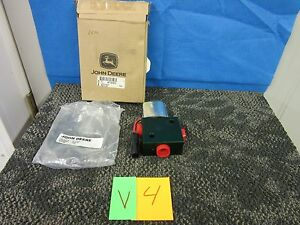 John Deere Solenoid Valve At151673 2135 Parking Brake Backhoe Loader 300d 310d