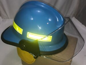 Cairns Fire Helmet Metro 660c Blue W Clear Visor Made In 2004 Msa Fire Service
