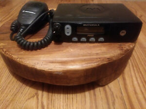 Motorola Pm400 Vhf Radio 64 Ch 45w 146 174 Mhz Used Great Condition