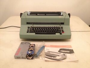 Ibm Correcting Selectric Ii Electric Typewriter Olive Green Manual Accessories