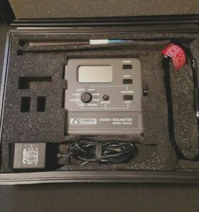 Omega Engineering F w Bell 5070 Gaussmeter With Probe And Case Tesla Meter