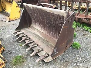Balderson Quick Attach 4in1 Clam Multi purpose Wheel Loader Bucket