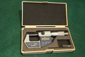 Mitutoyo Electronic 0 1 Micrometer With Case Mint Condition Free Shipping