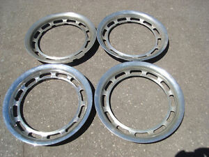 Mercedes 190 200 220 300 111 Beauty Trim Ring Rings 13 Inch Hub Cap Wheel Cover