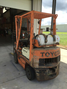 Toyota Forklift 4000 Lbs Lp Gas Cushion Tires