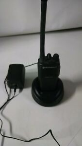 Motorola Cp200 Vhf 16ch Radio 146 174 Mhz Good Condition With Battery
