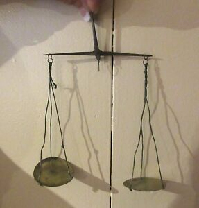 Antique 18th Century Hand Held Coin Scale Set Of Brass Weights In A Wooden Box
