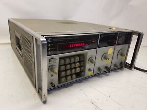 Hp 8660c Synthesized Signal Generator Opt 003 W 86631b Aux And 86601a Rf Section