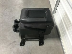 1999 2007 Chevrolet Tahoe Yukon Suburban Silverado Gray Cloth Center Jump Seat