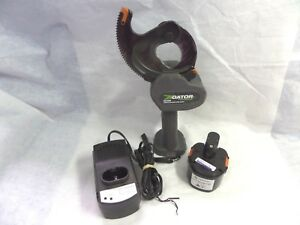Greenlee Es1000 Gator Cordless Cable Cutter 14 4v Battery Powered bundle