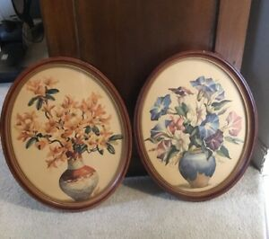 Vintage 1940 S Floral Pictures With Wooden Oval Frame