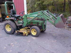 John Deere 855 4 Wheel Drive Tractor With Loader And Belly Mower