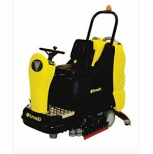 Tornado Bd 33 30 Ride on Automatic Scrubber 99780c Free Shipping