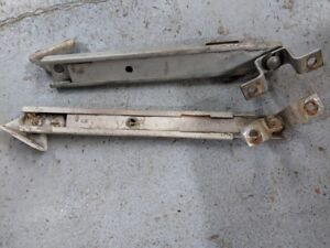 1966 1977 Early Ford Bronco Lift Gate Props Set Used Nice Desert Classic Bronco