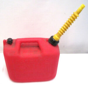 Essence 2 5 Gallon Gas Can Red Vented Plastic Wedco