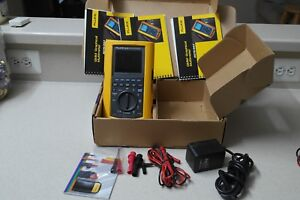 Fluke Graphical Multimeter 867b Great Condition