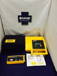 Physio Control Lifepak 500 patient Ready W New Battery Pads