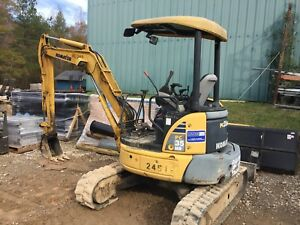Komatsu Pc35mr Hydraulic Mini Excavator Track Hoe Yanmar Mini Ex Long Reach