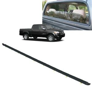 2004 2006 Tundra Rear Window Back Glass Weatherstrip Outer Molding 68290 0c020