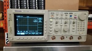 Tektronix Tds540c 500mhz 2gs s 4 channel Oscilloscope Passes Self Test