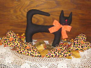 Halloween Black Cat Candy Corn Hearts Bowl Fillers Primitive Home Decor
