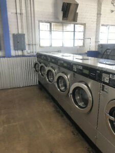 Coin Operated Maytag Front Load Washer Mfr18pd