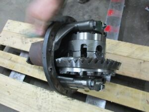 Case Tractor Differential Complete Assembly Part 87324564