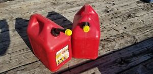 2 Blitz 5 Gallon Gas Cans Hard Spouts With Caps Free Shipping