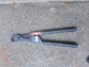 Hk Porter 8690 Ratcheting Soft Rod And Cable Cutter 954 Mcm