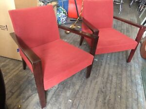 Pair Mid Century Modern Style Club Chairs Side Lounge Lobby Chairs