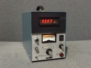 Harshaw Nuclear Systems 2000 b Automatic Integrating Picoammeter 2000b