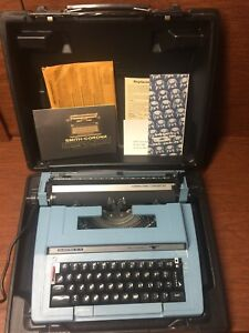 Smith Corona Typewriter C t Ct Clean Blue With Case Needs Ribbon