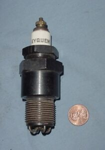 Large 3 4 Straight Pipe Thread Hit Miss Gas Engine Vintage Antique Spark Plug