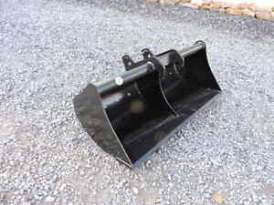 New Attachments Plus 48 Clean Out Bucket Bobcat Mini Excavator E42 E45 E55