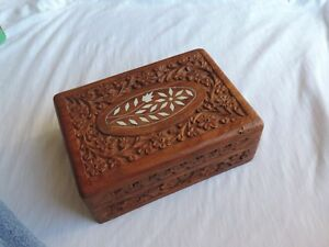 Vintage Wood Carved Inlaid Inlay India Jewelry Box H194