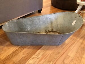 Large Vintage Galvanized Oblong Metal Bucket Planter Barn Farm Decor
