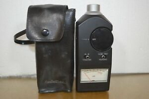 Radio Shack Realistic Sound Level Meter Model 33 2050 With Case