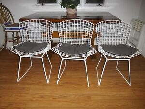 Authentic Knoll Harry Bertoia Wire Chairs In Excellent Condition
