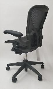 Herman Miller Aeron Chair Size B With Posturefit