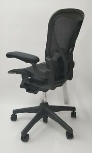 Herman Miller Aeron Chair Size C With Posturefit