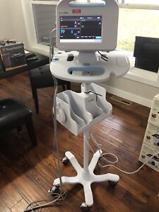 Welch Allyn Connex 6000 Series Vital Signs Monitor Stand Spo2