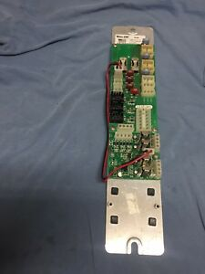 Whelen 9m Edge Light Bar Power Disti Board Pn 01 0269289 00