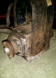 Old Bosch B6 Magneto Hit Miss Gas Engine Hot Hot Hot